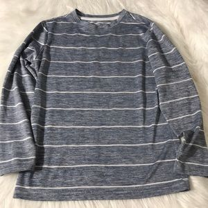 Old Navy Active boys long sleeve shirt size medium
